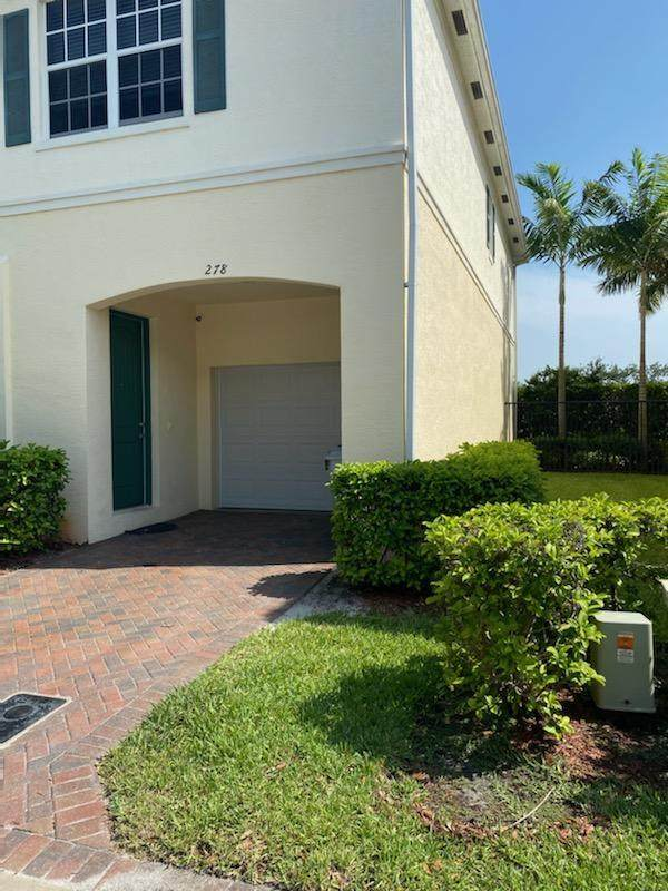 278 SW 7 Court, Pompano Beach, FL 33060 (#RX-10624447) :: Ryan Jennings Group
