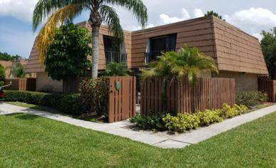 5893 SE Riverboat Drive, Stuart, FL 34997 (#RX-10625240) :: Realty One Group ENGAGE