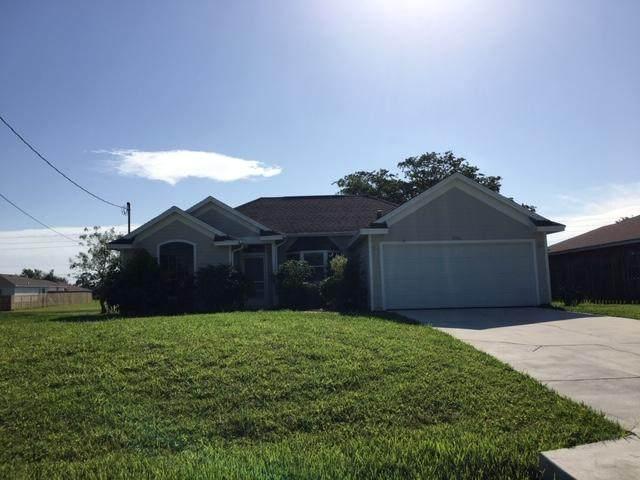 3701 SW Hulska Street, Port Saint Lucie, FL 34953 (#RX-10625399) :: Ryan Jennings Group