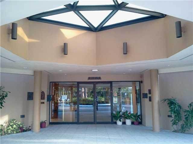 129 Sparrow Drive, Royal Palm Beach, FL 33411 (#RX-10625675) :: Ryan Jennings Group