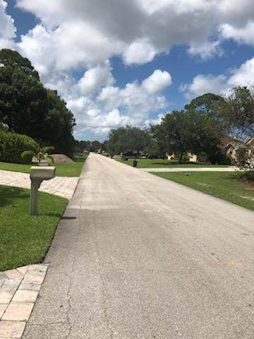 4275 SW Utterback Street, Port Saint Lucie, FL 34953 (#RX-10626356) :: Ryan Jennings Group
