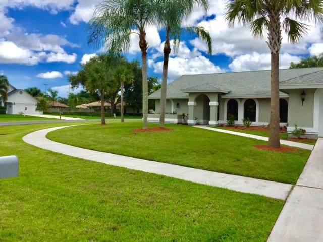 2779 Yarmouth Drive, Wellington, FL 33414 (#RX-10626676) :: Treasure Property Group