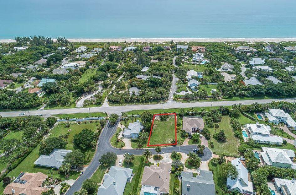 1630 Shuckers Point - Photo 1