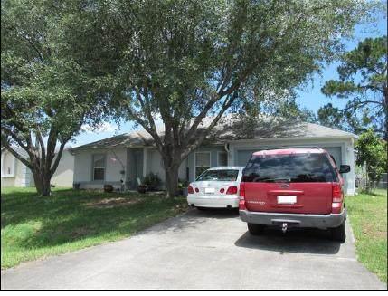 965 Banks Street NW, Palm Bay, FL 32907 (#RX-10627653) :: Ryan Jennings Group