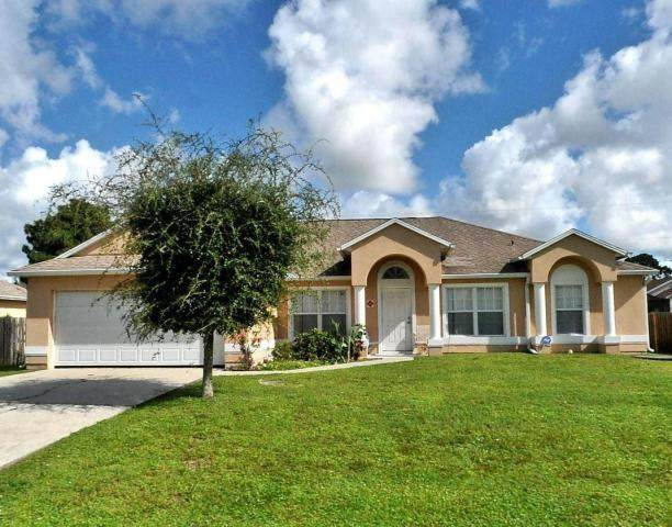 1613 SW Meridian Avenue, Port Saint Lucie, FL 34953 (#RX-10631643) :: Ryan Jennings Group