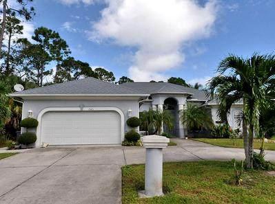 1943 SE Airoso Boulevard, Port Saint Lucie, FL 34984 (#RX-10634325) :: Ryan Jennings Group