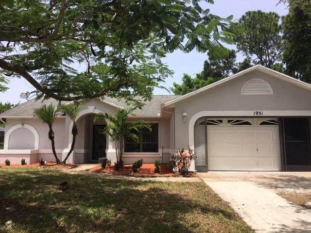 1931 SE Airoso Boulevard, Port Saint Lucie, FL 34984 (#RX-10634635) :: Ryan Jennings Group