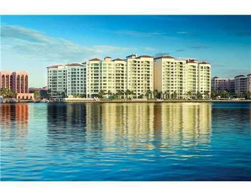 500 SE 5th Avenue 302-S, Boca Raton, FL 33432 (#RX-10634912) :: Posh Properties