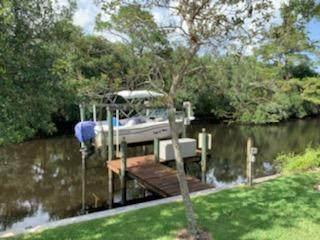 8000 SE Paradise Drive, Stuart, FL 34997 (MLS #RX-10635413) :: The Jack Coden Group