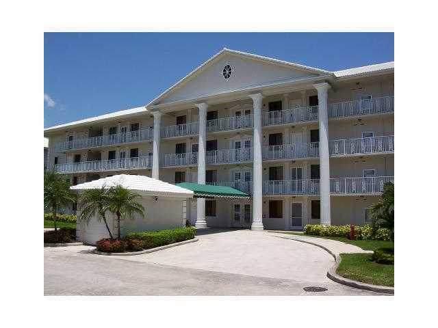 6193 Balboa Circle #405, Boca Raton, FL 33433 (MLS #RX-10636370) :: Berkshire Hathaway HomeServices EWM Realty