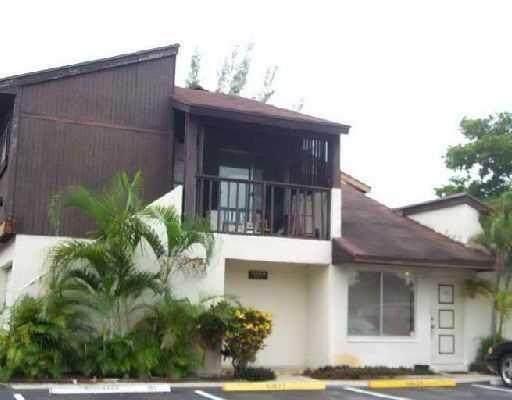 5344 Bosque Lane #101, West Palm Beach, FL 33415 (#RX-10636865) :: Ryan Jennings Group