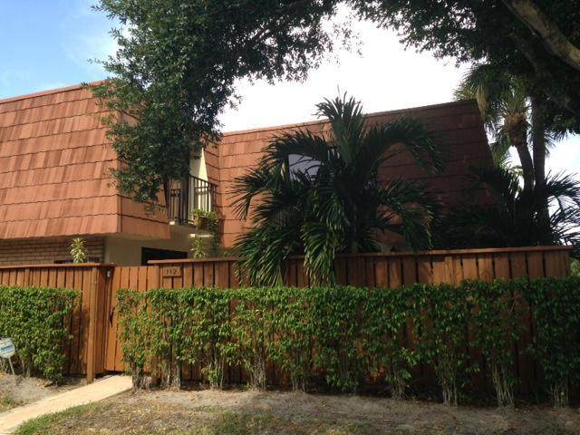 112 Buttonwood Lane, Boynton Beach, FL 33436 (#RX-10636897) :: Ryan Jennings Group