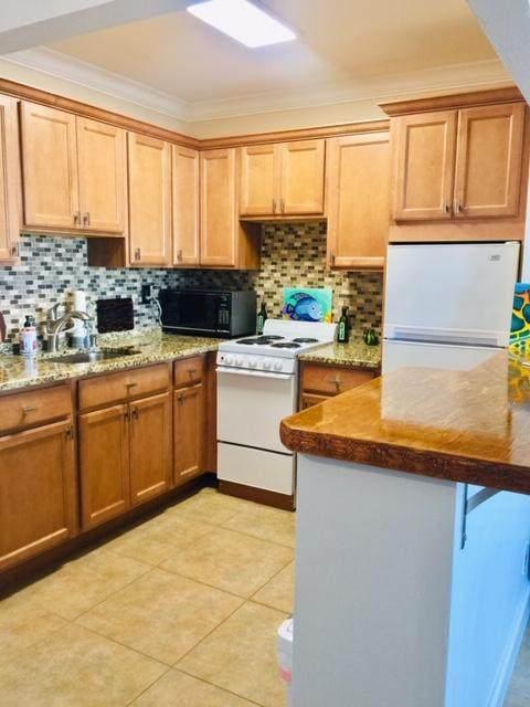 2020 Lake Osborne Drive #19, Lake Worth Beach, FL 33461 (#RX-10637207) :: Treasure Property Group