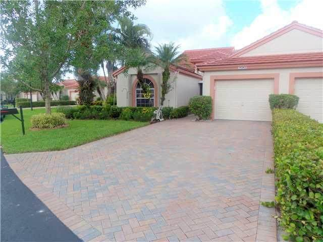 14343 Emerald Lake Drive, Delray Beach, FL 33446 (MLS #RX-10638093) :: The Jack Coden Group