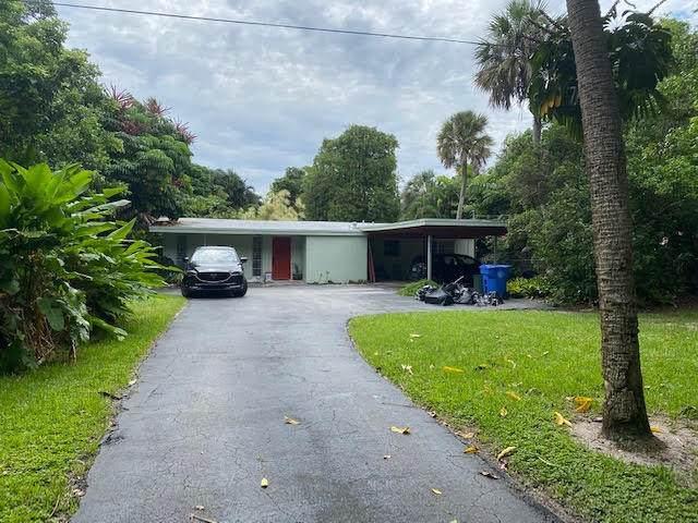 802 SE Atlantic Drive, Lantana, FL 33462 (MLS #RX-10638656) :: Berkshire Hathaway HomeServices EWM Realty