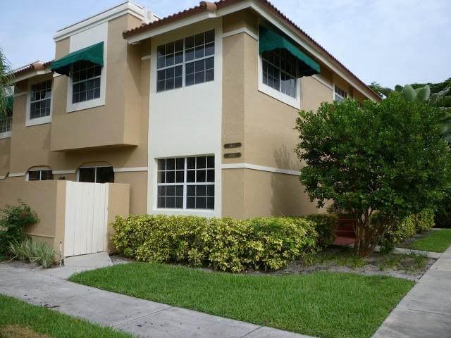 6642 Via Regina, Boca Raton, FL 33433 (MLS #RX-10640570) :: Berkshire Hathaway HomeServices EWM Realty