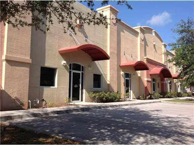 827 S Kings Highway, Fort Pierce, FL 34945 (#RX-10646880) :: Ryan Jennings Group