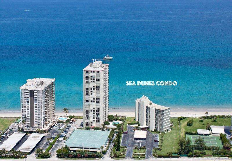 5400 Ocean Drive - Photo 1