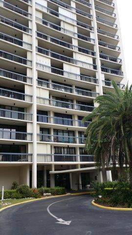 2425 Presidential Way #205, West Palm Beach, FL 33401 (MLS #RX-10650404) :: Berkshire Hathaway HomeServices EWM Realty