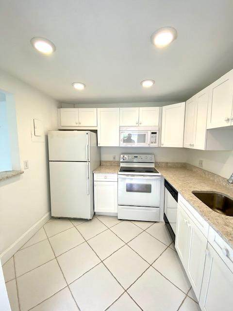 343 Monaco H #343, Delray Beach, FL 33446 (MLS #RX-10653050) :: Berkshire Hathaway HomeServices EWM Realty