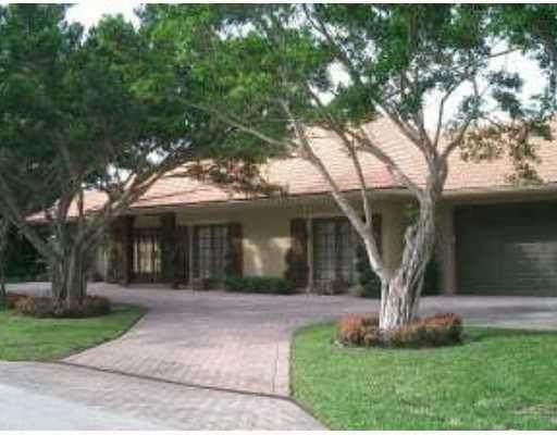 11685 Maidstone Drive, Wellington, FL 33414 (#RX-10656272) :: Treasure Property Group