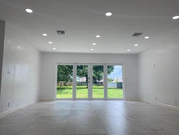 5573 3rd Road, Lake Worth, FL 33467 (MLS #RX-10659296) :: Berkshire Hathaway HomeServices EWM Realty