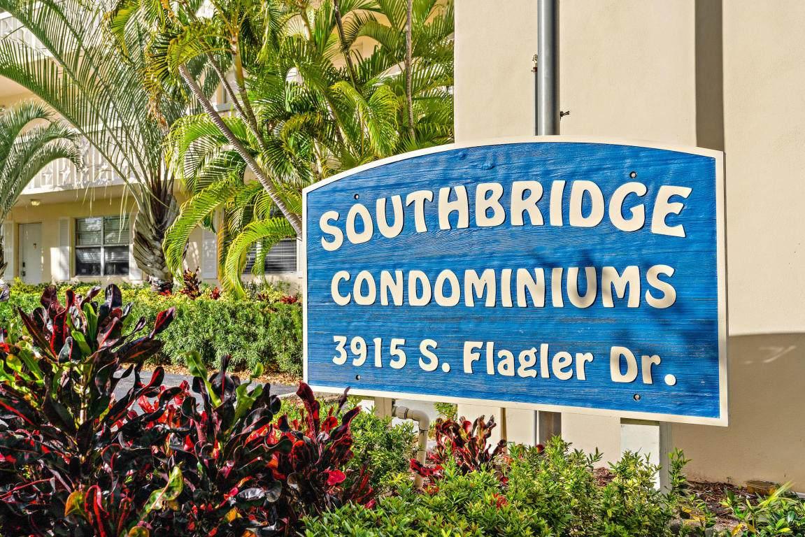 3915 Flagler Drive - Photo 1