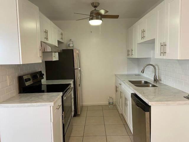 3030 Guildford B, Boca Raton, FL 33434 (MLS #RX-10662825) :: Berkshire Hathaway HomeServices EWM Realty