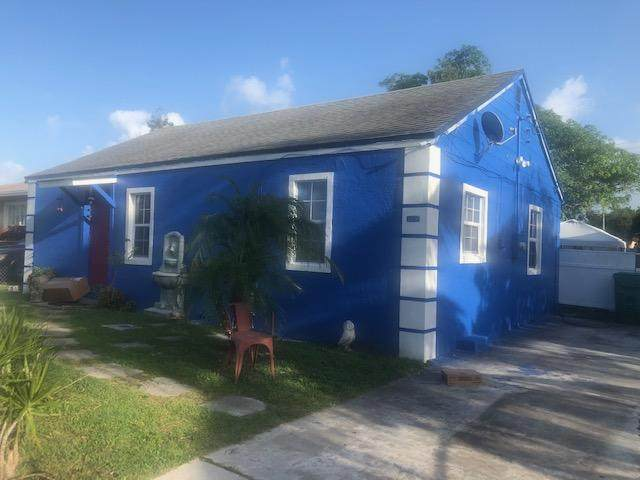 1157 W 32nd Street, Riviera Beach, FL 33404 (#RX-10663319) :: Michael Kaufman Real Estate