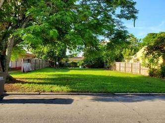 944 Mcintosh Street, West Palm Beach, FL 33405 (MLS #RX-10664892) :: THE BANNON GROUP at RE/MAX CONSULTANTS REALTY I