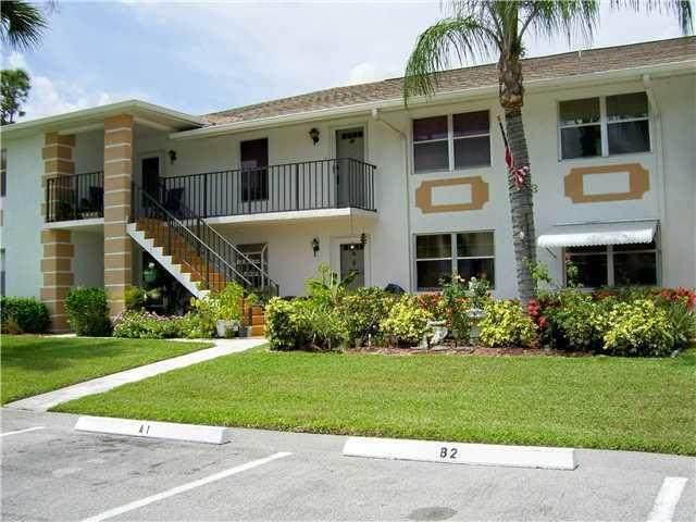 533 S Lakes End Drive B-2, Fort Pierce, FL 34982 (#RX-10665726) :: Posh Properties