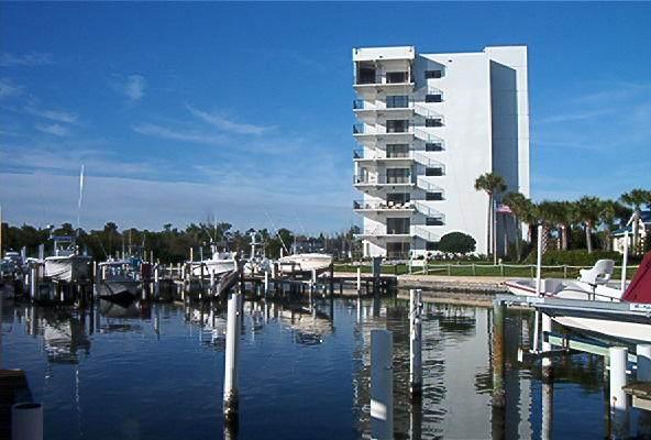 5155 N Highway A1a #614, Hutchinson Island, FL 34949 (MLS #RX-10668948) :: Castelli Real Estate Services
