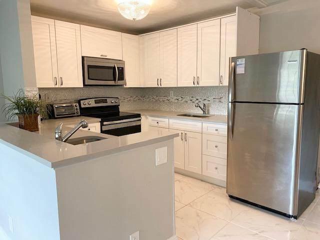 16 Bedford A, West Palm Beach, FL 33417 (MLS #RX-10674000) :: Dalton Wade Real Estate Group