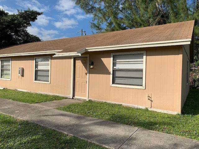 3762 92nd Lane N, West Palm Beach, FL 33403 (MLS #RX-10674194) :: Castelli Real Estate Services