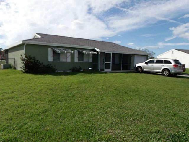 442 SW Bridgeport Drive, Port Saint Lucie, FL 34953 (MLS #RX-10675800) :: Laurie Finkelstein Reader Team