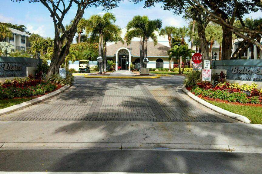 708 Executive Center Drive - Photo 1