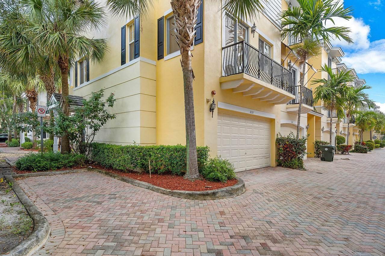3639 5th Terrace - Photo 1
