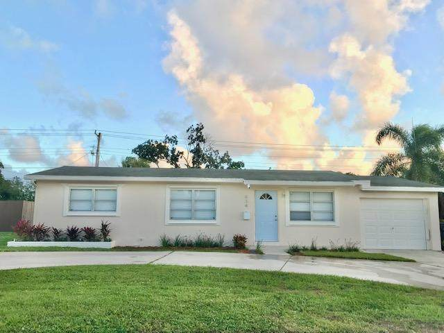 834 W Jasmine Drive, Lake Park, FL 33403 (MLS #RX-10678301) :: THE BANNON GROUP at RE/MAX CONSULTANTS REALTY I