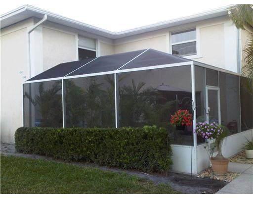 1542 N Lawnwood Circle 37-D, Fort Pierce, FL 34950 (#RX-10684783) :: The Rizzuto Woodman Team