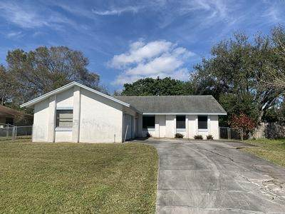 2249 SE Melaleuca Boulevard, Port Saint Lucie, FL 34952 (MLS #RX-10686061) :: THE BANNON GROUP at RE/MAX CONSULTANTS REALTY I