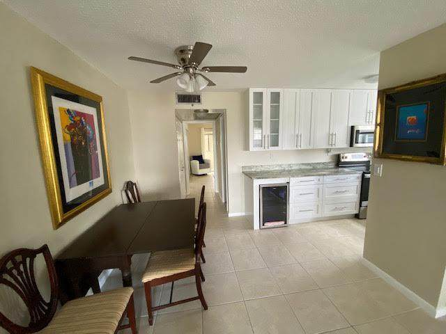 200 Andover H H, West Palm Beach, FL 33417 (#RX-10686175) :: The Rizzuto Woodman Team