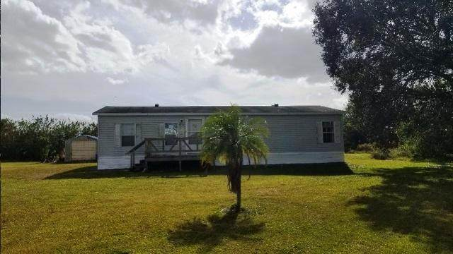 675 NE 78th Way, Okeechobee, FL 34974 (#RX-10686269) :: Treasure Property Group
