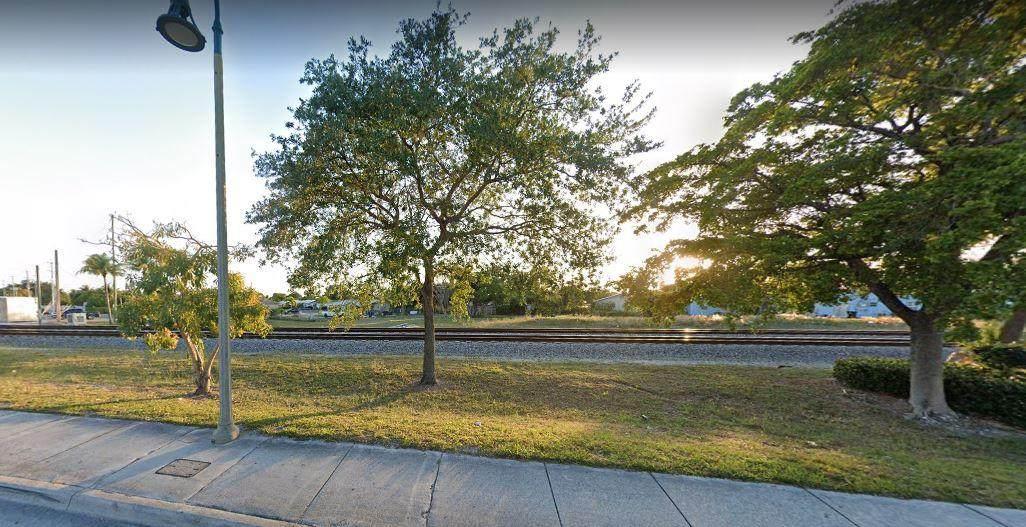 1113 Dixie Highway - Photo 1