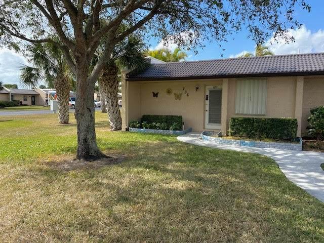 236 Lake Meryl Drive, West Palm Beach, FL 33411 (#RX-10691765) :: Ryan Jennings Group