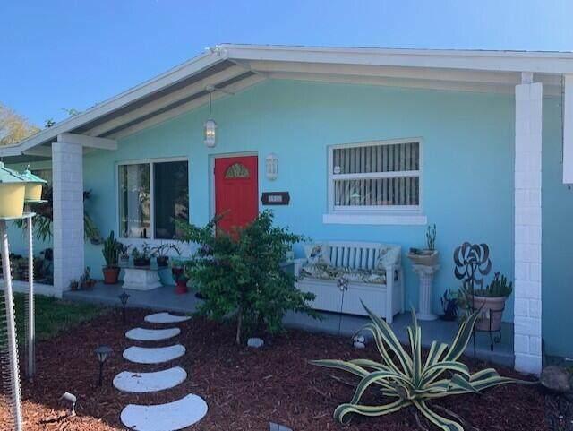 5924 Saint Barbara Street, West Palm Beach, FL 33415 (MLS #RX-10692786) :: Berkshire Hathaway HomeServices EWM Realty