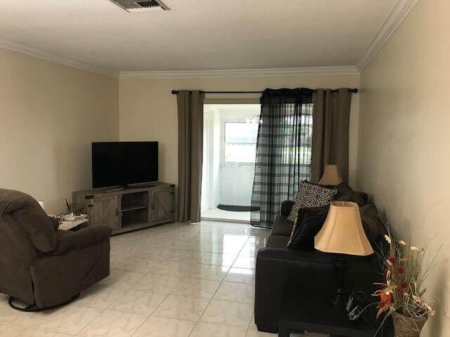 2803 Crosley Drive W K, West Palm Beach, FL 33415 (#RX-10693221) :: Ryan Jennings Group