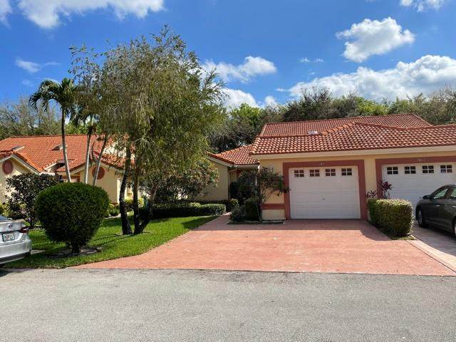 7047 Summer Tree Drive, Boynton Beach, FL 33437 (MLS #RX-10695986) :: United Realty Group
