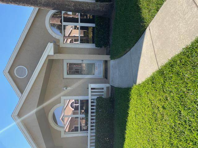 1152 NW Lombardy Drive, Saint Lucie West, FL 34986 (MLS #RX-10696147) :: Dalton Wade Real Estate Group