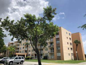 480 Executive Center Drive 2F, West Palm Beach, FL 33401 (#RX-10696541) :: Signature International Real Estate