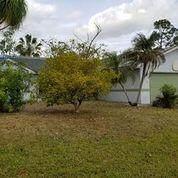 1213 SW Bargello Avenue, Port Saint Lucie, FL 34953 (MLS #RX-10696901) :: Castelli Real Estate Services